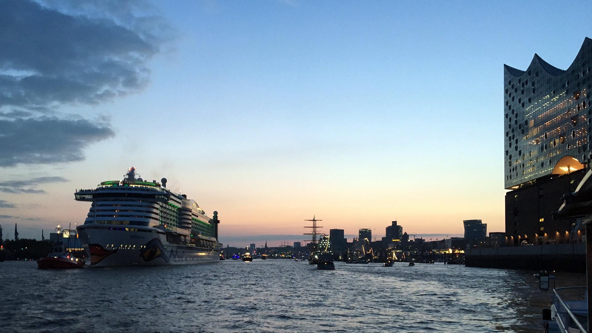 Cruise Days