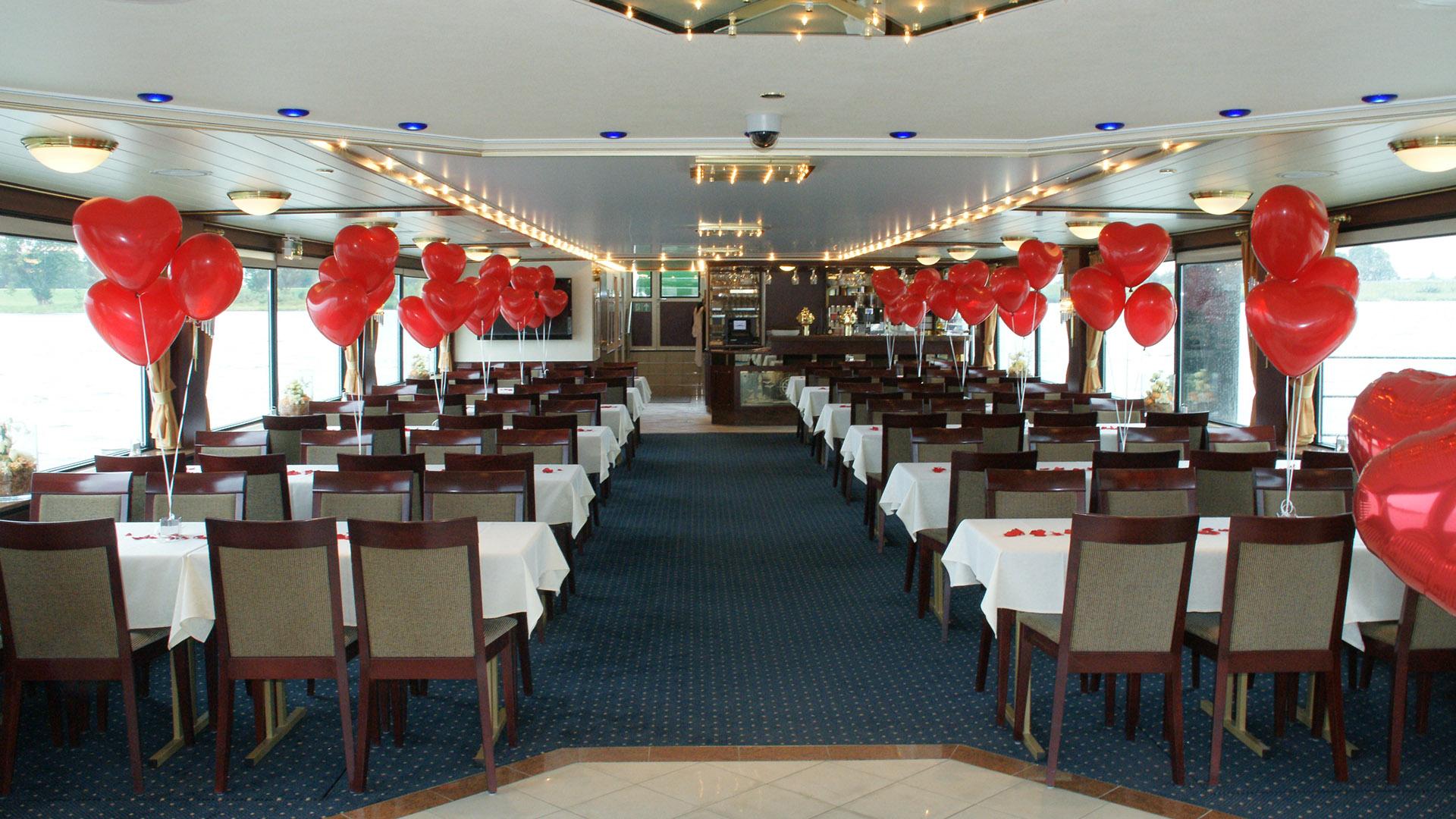Hochzeitsdekoration an Bord