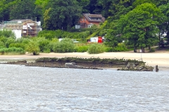 Schiffswrack am Elbstrand